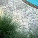 ¿Por qué es una buena opción añadir hormigón impreso alrededor de tu piscina? 11