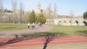 El pavimento deportivo en una pista de atletismo: ¿Como mantenerlo? 3